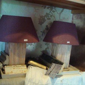 Houten lampenvoet