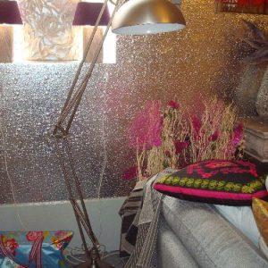 Metalen vloerlamp van geborsteld rvs