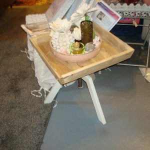 Sidetable adjustable
