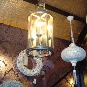 Hanglamp met glazen omhulsel