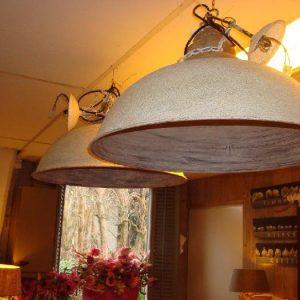 Hanglamp met ruige uitstraling