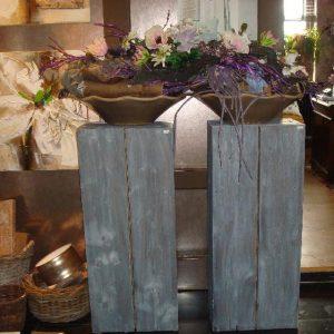 Grove houten pilaar