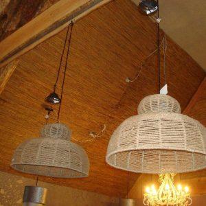 Hanglamp met touw omwikkeld