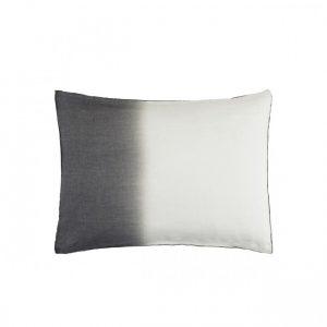 pistioa_deco_cushion_white_antra
